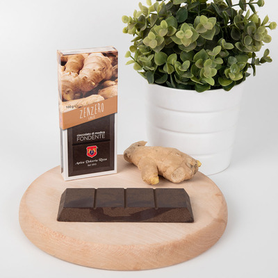 Modica chocolate bar with ginger